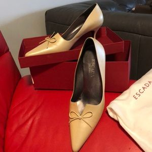 Escada shoes